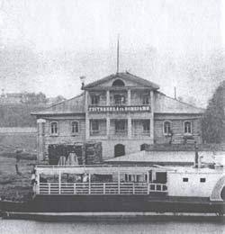 Гостиница с номерами на берегу Шексны