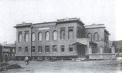 Воскресенский проспект №43.  Дом И.А.Милютина, с 1873 года Окружной суд